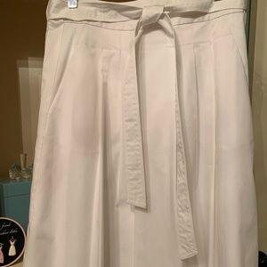 Elie Tahari white skirt